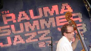 Muusikko Rauma Summer Jazz -festivaaleilla.