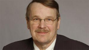 Kuvassa kansanedustaja Pekka Vilkuna.