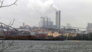 UPM:n Kaukaan paperitehdas.