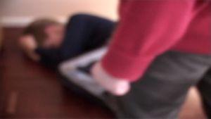 Perheväkivalta-kuvituskuva.