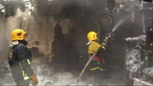Vanhustentalon palo alkoi yksittäisestä asunnosta. Tämän asunnon tuli tuhosi.