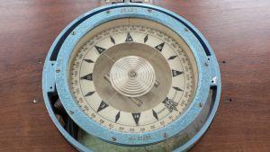 Kompassi 1920-luvulta.