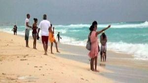 Belizeen ja Meksikon rannikkoalueelle on annettu trooppinen myrskyvaroitus.