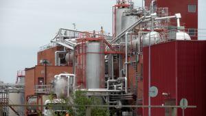 Arizona Chemicalin Oulun tehdas.