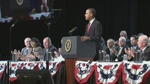 Presidentti Barack Obama puhumassa