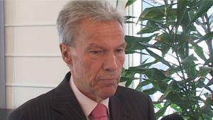 Pitkän linjan satakuntalaispoliitikko Mikko Elo (SDP).