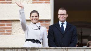 Ruotsin kruununprinsessa Victoria ja prinssi Daniel.