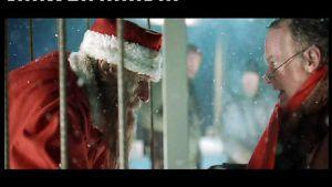Joulupukki on vangittu häkkiin elokuvassa Rare Exports.