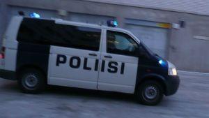 poliisi mustamaija poliisiauto Lapin poliisilaitos