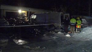 Auto tuhoutui täysin Siikajoella tapahtuneessa räjähdyksessä.