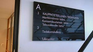 Vaasan yliopiston kauppatieteellinen tiedekunta.