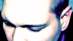 Hypnoosi on syvä keskittymisen tila, jossa tietoisuus ympäristöstä on rajoittunut.