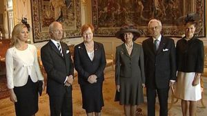 Presidentti Halonen puolisoineen ja Ruotsin kuningasperhe