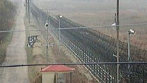 Pohjois- ja Etelä-Korean välinen raja.