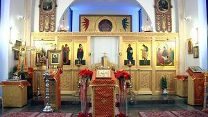 Lintulan luostarin kirkon ikonostaasi.