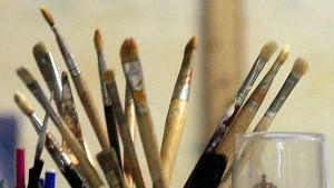 Taiteilijan siveltimiä