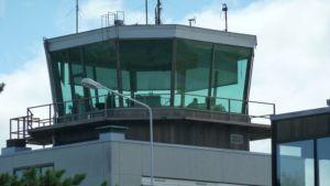 Porin lentoaseman lennonjohto.