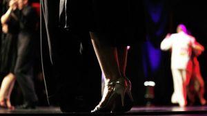Tanssiparit