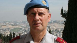 YK:n sotilastarkkailijajärjestön UNTSO:n komentaja Juha Kilpiä.