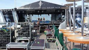 Sonata Arctican konserttialueen valmistelutöitä.