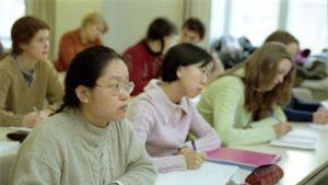 Vaihto-opiskelijoita luennolla