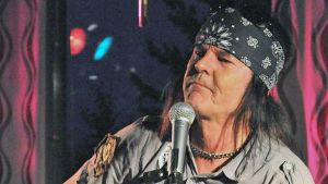 Kari Peitsamo esiintyy myös tänä vuonna Pyhä Unpluggedissa. Kuva vuoden 2009 tapahtumasta.