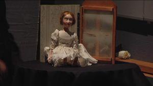 Nukketeatteri Sytkyt esittää tarinan porilaistytöstä, Sigrid Juseliuksesta.