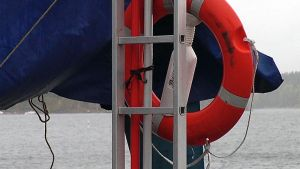 Pelastusrengas satamassa