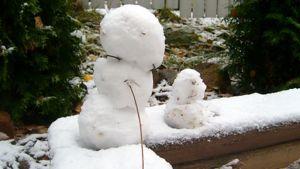 Kuva 1. Ensilumesta lumiukko!