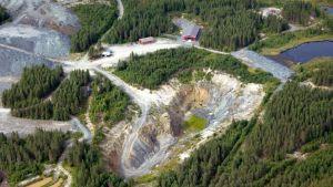 Pampalon kaivosalueen louhos ilmasta.