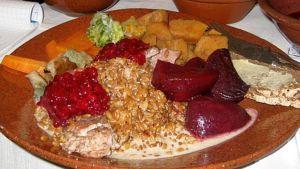 ruokaa lautasella