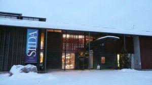 Saamelaismuseo Siida Inarissa joulukuussa 2009