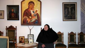 Lintulan luostarin nunna Äiti Varvara.