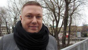 Kokkolalainen laulaja Jesse Kaikuranta.