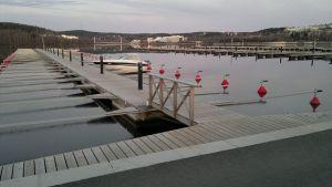 Jyväskylän sataman venelaitureita.