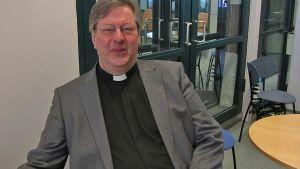 Timo Kalaja valittiin Hämeenlinnan-Vanajan seurakunnan uudeksi kirkkoherraksi