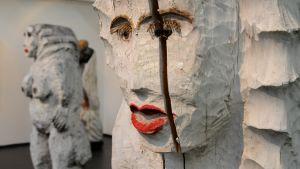 Väinö Ojan töitä Lapinlahden taidemuseossa
