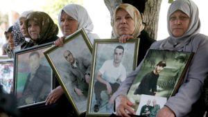 Israelin vankiloissa olevien palestiinalaisvankien sukulaisia