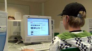 Tietokoneen käyttö voi vaikuttaa aivoihin.