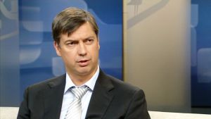 Aalto-yliopiston perustieteiden korkeakoulun dosentti Mika Aaltonen Ylen aamu-tv:n vieraana 29. toukokuuta 2012.