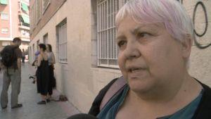 Felicitas Velazques taistelee häätöjä vastaan. Hänen mukaansa asunnot kuuluvat perheille, eivät pankeille jotka vain lukitsisivat ovet ja jättäisivät asunnot tyhjilleen.