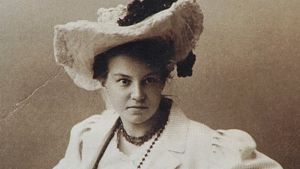 Mustavalkoinen valokuva runoilija L. Onervasta.