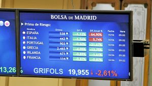 Näyttöruutu Espanjan pörssissä näyttää laskevia kursseja.