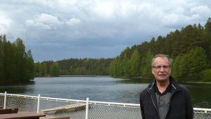 Ahveniston suojeluyhdistyksen puheenjohtaja Erkki Hapuli