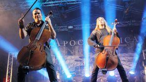 Kaksi sellistä Apocalypticasta lavalla Riihimäki rockissa.