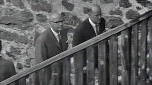 Presidentti Urho Kekkonen saapumassa Savonlinnan oopperajuhlille vuonna 1967.