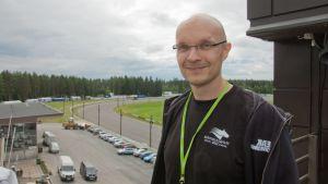 Kuninkuusravien tiedottaja Antti Savolainen, kuninkuusravit 2012, Mikkeli