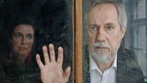 Patriarkka - kuvassa Kirsti Wallasvaara ja Raimo Grönberg.