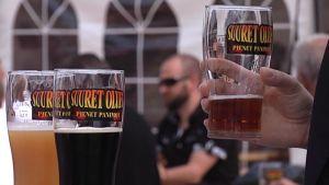 Suuret Oluet - Pienet Panimot -tapahtumassa on esillä lähes 150 juomaa.