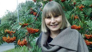 Linda Sipilä loi Ruska-malliston, jonka ompelunharrastajat voivat toteuttaa valmiista kaavoista